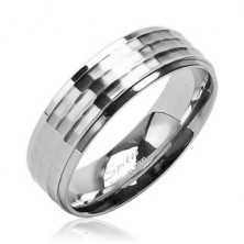 Surgical steel band with matt central stripe and shiny edges