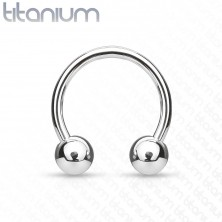 Titanium horseshoe piercing with ball beads