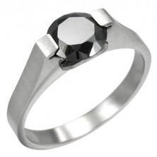 Ring made of stainless steel with black zircon