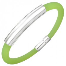 Rubber bracelet with smooth metal tag, green apple colour