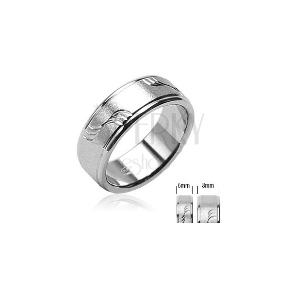 Matt steel ring with waves and shiny edges