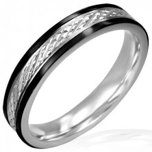Thin steel ring with rhombic pattern and black lining