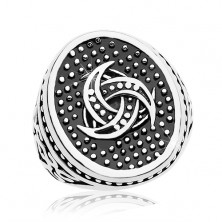 Steel ring, dotted oval with Celtic motif, ornaments on shoulders