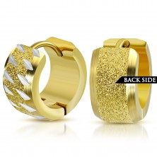316L steel round earrings in gold color, a sand strip with notches