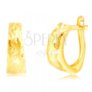 Yellow 585 gold earrings – wider arch with grains and matte waves