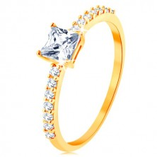 Ring in yellow 9K gold - raised zircon square, lines of clear zircons