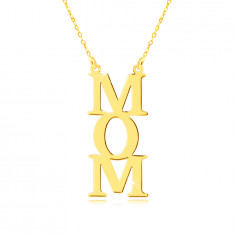 "Necklace in yellow 9K gold - ""MOM"" inscription, letters under each other, chain of tiny rings"