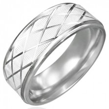 Steel ring with polished diamond pattern