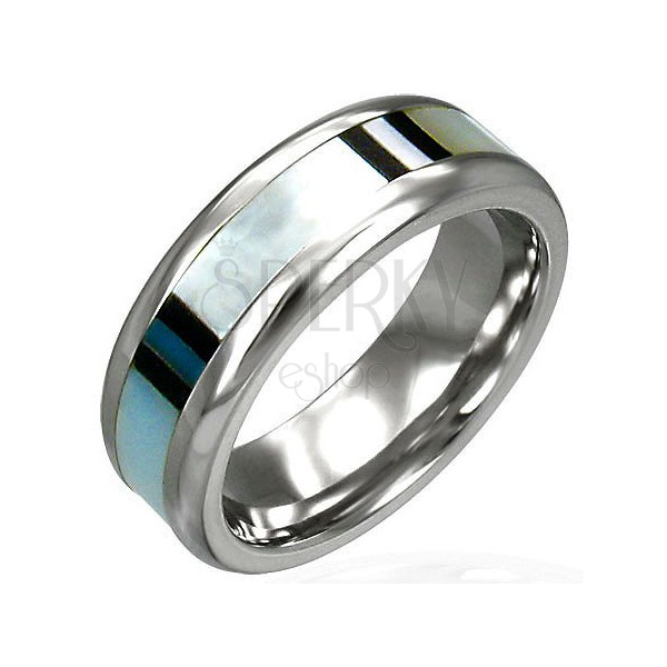 Surgical steel ring with shell decoration
